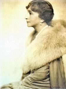 Anna z Lubomirskich Januszowa Radziwiłłowa (1931).
