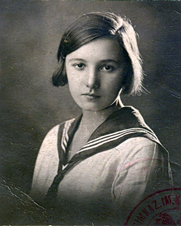 Zofia Schuch jako uczennica Gimnazjum im.  Królowej Jadwigi.