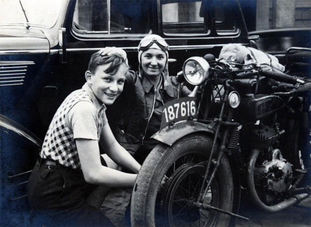 Zofia Schuch i jej pomocnik. Antwerpia 1936 r.