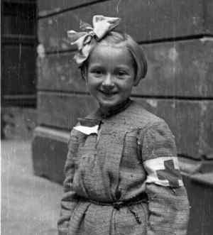 Warszawa 1944 - Sanitariuszka