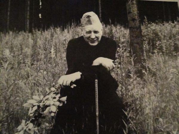 Kardynał Stefan Wyszyński podczas internowania, lata 50. XX wieku