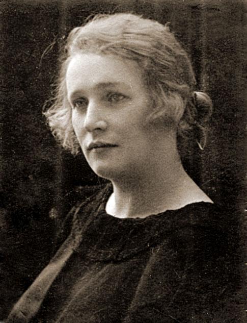Stefania Weinhold, lata dwudzieste, Warszawa