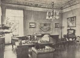 Gabinet i zarazem sypialnia Naczelnika Państwa i Naczelnego Wodza w 1920 r. fot. H. Poddębski (ze zbiorów rodziny J. Piłsudskiego)