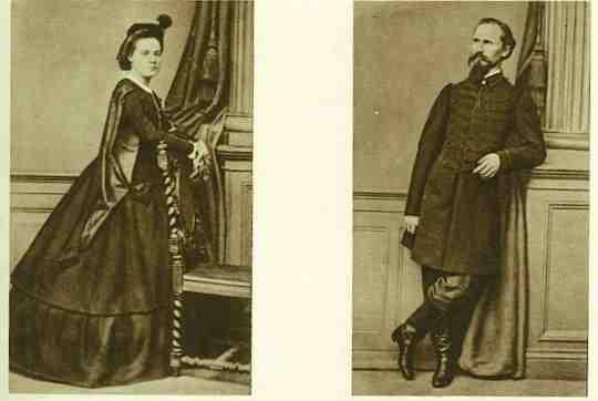 Maria z Billewiczów Piłsudska i Józef Piłsudzki, właściciel Zułowa, rodzce przyszłego Marszałka