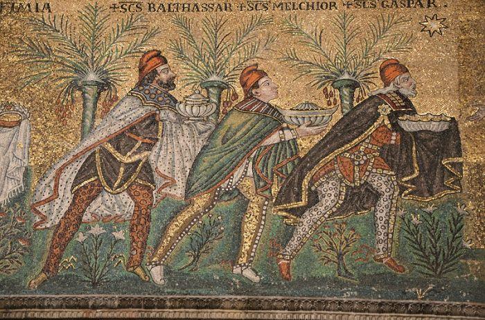 Mozaika z VI wieku w Bazylice St.. Apollinari Nuovo w Rawennie - Pokłon Trzech Króli