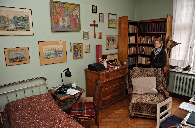 Pokój Poetki, w którym mieszkała po wojnie w Poznaniu, dziś Muzeum - Pracownia Kazimiery Iłłakowiczówny.