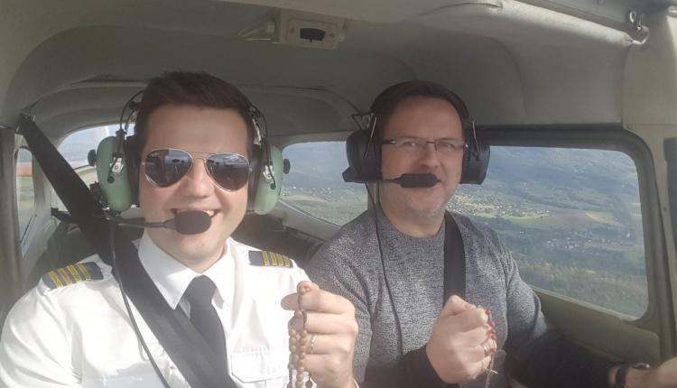 Różaniec do Granic, październik`2017 - pilot Piotr Loranc z kolegą